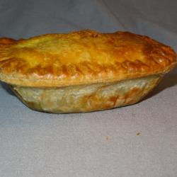Small Venison, Mushroom & Red Wine pie