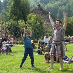 Gladiator fights at Butser Ancient Farm