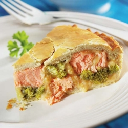 Salmon & Broccoli Pie