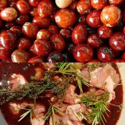 Spiced pork with cranberry