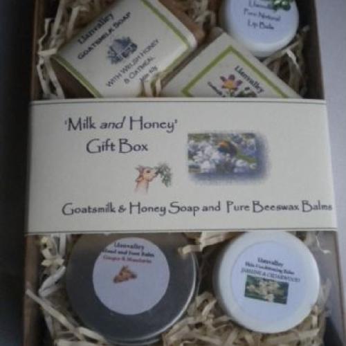 'Milk and Honey' Gift Box