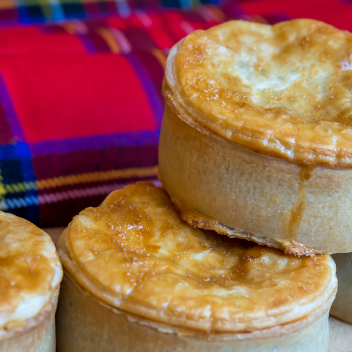 Handy Steak & Haggis Pie