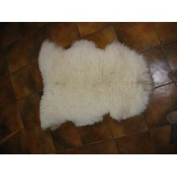 Lamb skin wool rug