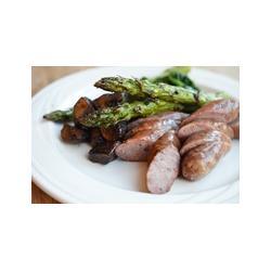 Pork sausages with asparagus
