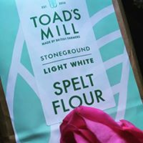 British Grown 25kg Light White Spelt Flour
