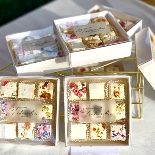 Tadinka Nougat assorted gift box (9 pieces)