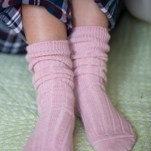 90% Alpaca Luxury Bed Socks 4-7 Pink