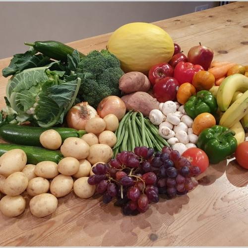 Large Essentials Fresh Fruit, Veg & Salad Box