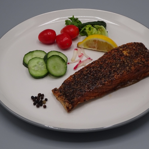 Hot Smoked Salmon Fillet Pepper