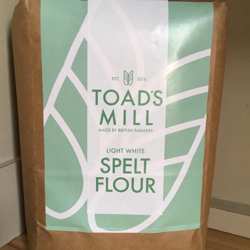 British Grown 1.5kg Light White Spelt Flour