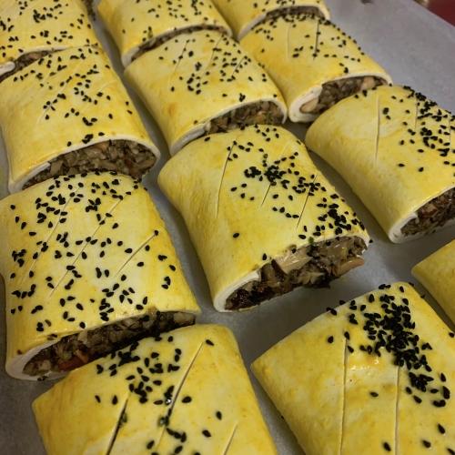 Mushroom, Sweet Potato & Hazelnut Puff Pastry Roll (vegan)