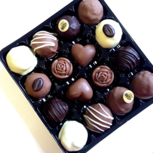 LUXURY MIXED TRUFFLE AND FILLED CHOCOLATE SELECTION BOX [16 BOX]