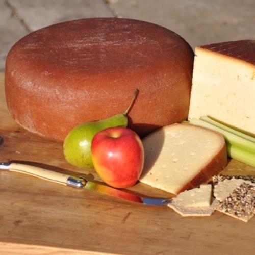 Lyburn Lightly Oak Smoked Cheese(Quarter Wheel)