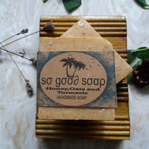 HANDMADE OATS,HONEY & TURMERIC SOAP Available In 120 g