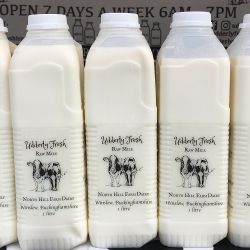 10 Litres of Raw MIlk (18 pints)