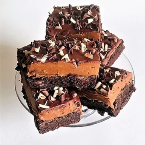 LUXURY DULCE DE LECHE CHE BROWNIES (LARGE BOX OF 6)