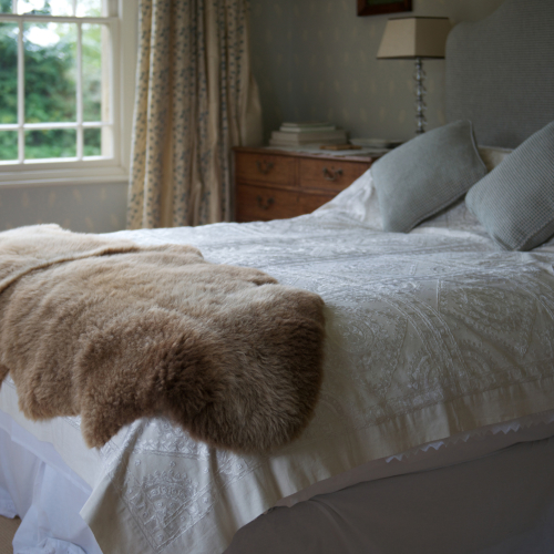 Langley Chase Manx Loaghtan double sheepskin rug