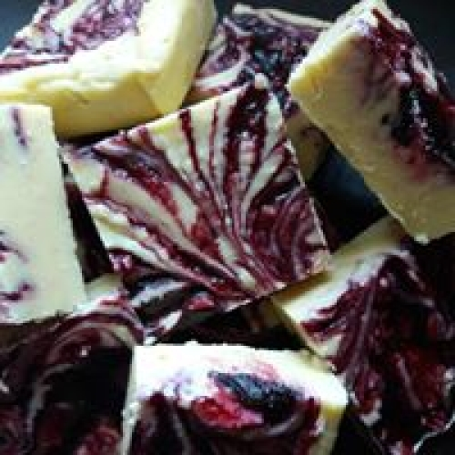 Blackcurrant and Vanilla Fudge