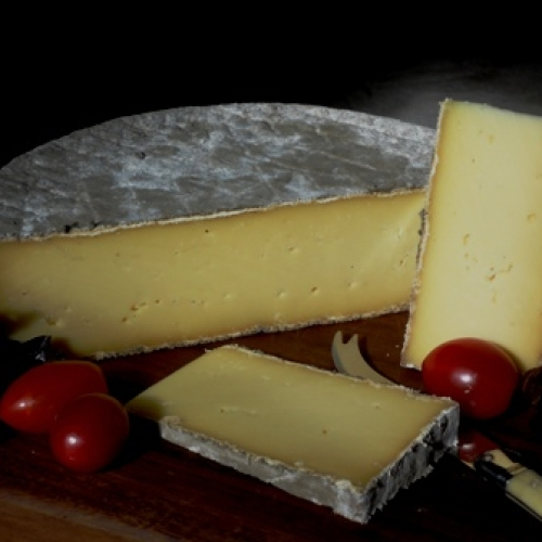 Lyburn Stoney Cross Cheese (Half Wheel)