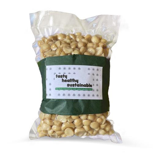 Macadamia nuts (large halves)