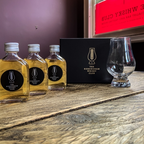 Whisky Flight :: Journey to the Centre Of Islay