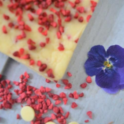 Artisan White Chocolate and Raspberry Fudge