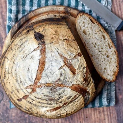 Traditional Garnary bread sliced